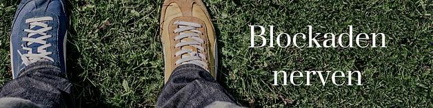 Blockaden und Glaubenssätze - Symbol zwei unterschiedliche Schuhe