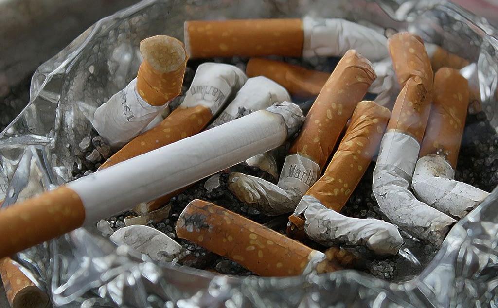 Hypnose Eberswalde - Zigaretten im Aschenbecher