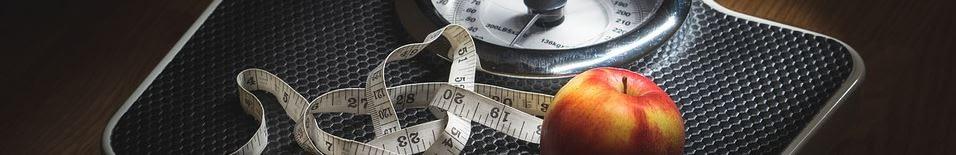 Hypnose Bernau Gewicht - Waage mit Apfel und Maßband